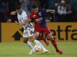Atlético Tucumán busca la remontada. EFE