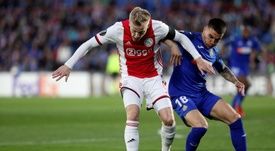 O United insiste por Van de Beek. EFE