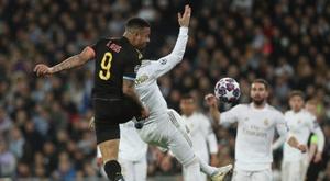 Gabriel Jesus nega falta em Sergio Ramos. EFE