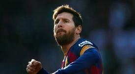 Messi superará a Xavi como el jugador con más 'Clásicos' disputados. EFE