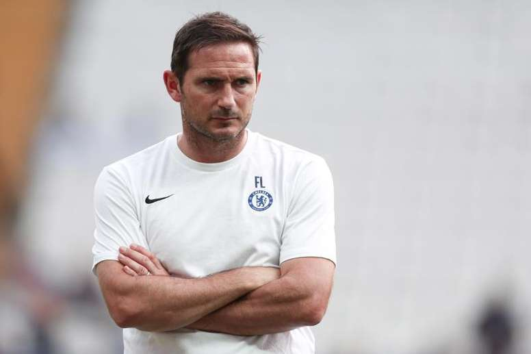 Lampard says Chelsea are under pressure. EFE