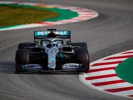 El piloto finlandés de Mercedes, Valtteri Bottas, durante la tercera y última jornada de la segunda tanda de entrenamientos oficiales de pretemporada de Fórmula Uno que se realizan en el Circuito de Barcelona-Cataluña. EFE/Alejandro García