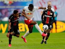 El tropiezo del RB Leipzig permitió el despegue del Bayern. EFE