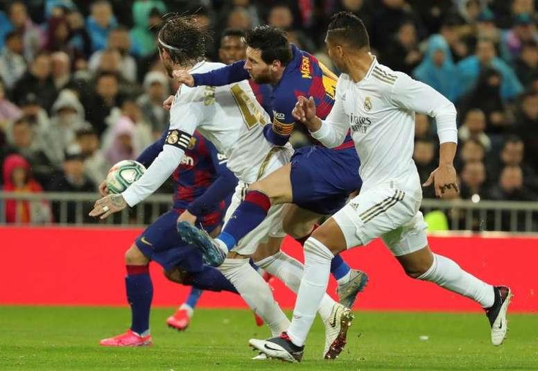 Un Barça-Madrid muy distinto diez años después. EFE