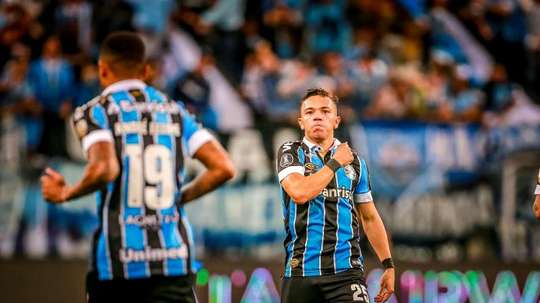 Le FC Porto met la main sur Pepê. EFE