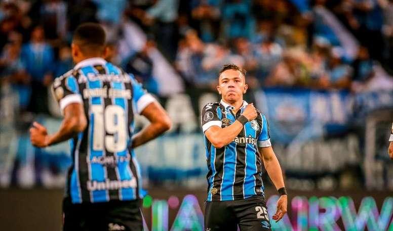 Diego Souza le dio la victoria a Gremio. EFE