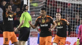 Anil Murthy wants to let Coquelin and Parejo go. EFE