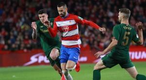 Maxime Gonalons forfait contre le Betis. EFE