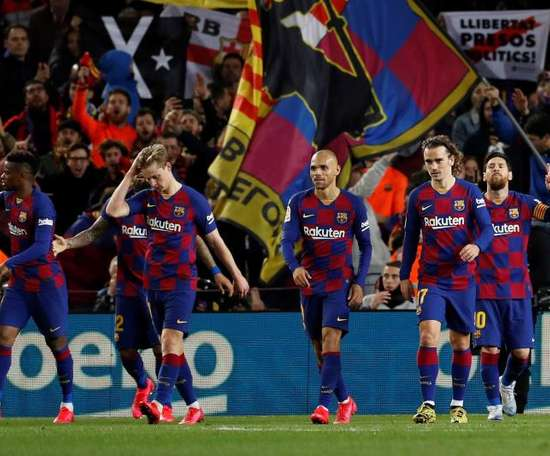 Barcelona's senior players have kept quiet about pay cuts. EFE