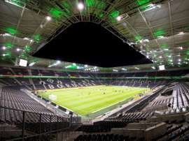 Jour historique en Bundesliga : premier match à huis clos. EFE/EPA