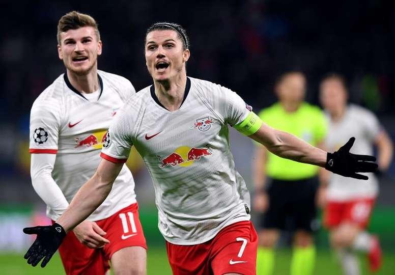 RB Leipzig dá asas a Mourinho, que voa da Champions. AFP