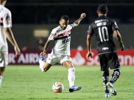 Cicinho elogia o nível de Dani Alves e Juanfran. EFE/ Thiago Bernardes