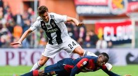 El Valencia, con impagos pero tras dos jugadores de la Juve. EFE