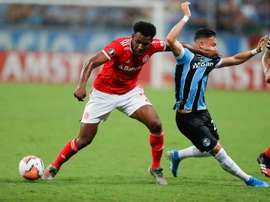 Grêmio e Inter se unem fora do campo contra o coronavírus. EFE/Marcelo Oliveira