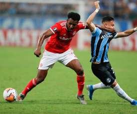 Prováveis escalações de Inter e Grêmio. EFE