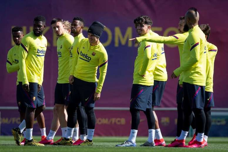 Barcelona's players have refused the first offer of a pay cut. EFE