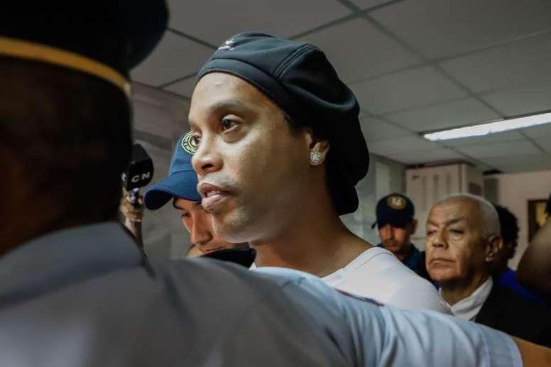 Kaká lamentó la situación de Ronaldinho. EFE