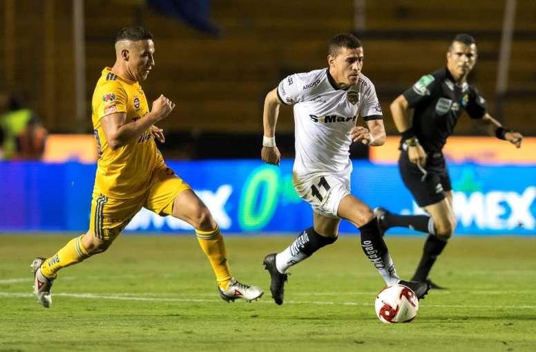 La Liga MX no retendrá los salarios de los jugadores. EFE