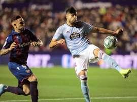Araujo vio justo el empate entre Levante y Celta. EFE/Biel Aliño
