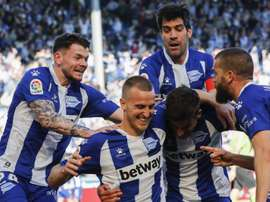 Alavés will ask their squad to take a wage cut. EFE