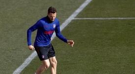Le Barça ne lèvera pas son option sur Saúl. EFE