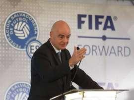 Presidente da FIFA, Gianni Infantino, avalia cenários para retomar futebol. EFE/Miguel Lemus/Arquivo