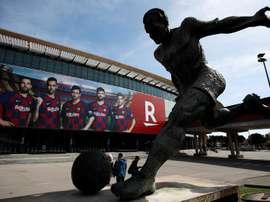 Torcidas organizadas do Barça se reuníram. EFE/Alejandro Garcia