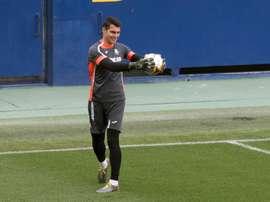 Andrés Fernández espera un regreso al fútbol con garantías. EFE