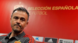 Luis Enrique thanked all those helping to fight the coronavirus. EFE