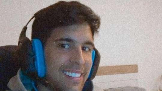Víctor Ruiz firmaría ganar la Liga Suiza sin jugarla . EFE