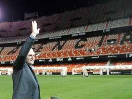 Cañizares tiene claro que la Liga no se puede finalizar así. EFE