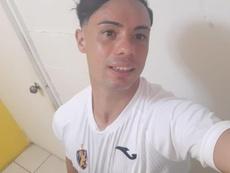 El único futbolista español del mundo que puede seguir jugando. EFE