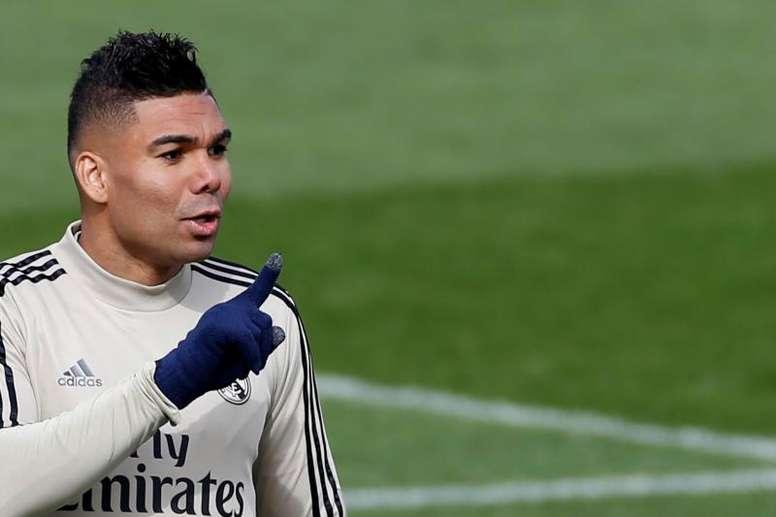 Casemiro avrebbe rinnovato con il Real Madrid. EFE