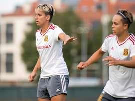 Unión en el fútbol femenino contra el coronavirus. EFE