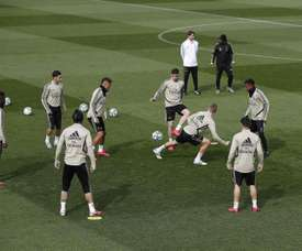 Teams will be back training together from Monday. EFE