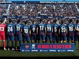 El Levante Femenino y el de fútbol sala agradecieron la bajada de sueldo al primer equipo. EFE