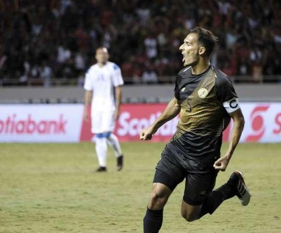 Celso Borges volvió a dejarse querer por el Deportivo. EFE