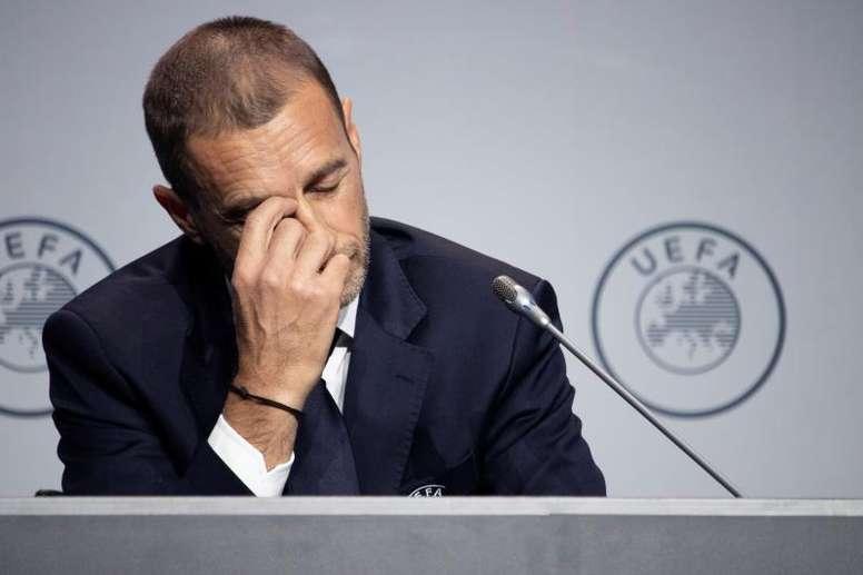 L'UEFA reste sceptique face aux cinq changements. EFE