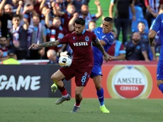 Sosa no quiso hablar demasiado porque aún tiene contrato en vigor con el Trabzonspor. EFE
