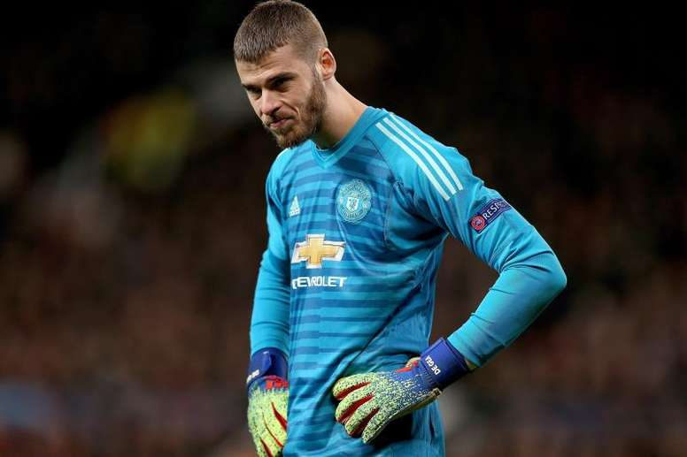 Solskjaer wants Schmeichel to fight with De Gea for the number one spot. EFE