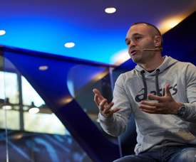 Iniesta is not thinking about retiring just yet. EFE