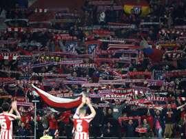 L'Atlético récompensera les abonnés qui renonceront à une partie de leur abonnement. EFE