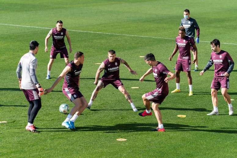 Jogadores preferem ter uma semana a mais de preparação. EFE/ Villarreal Cf