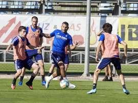 El Zaragoza volvió a entrenar siguiendo las medidas de seguridad. EFE