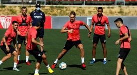 Sevilla have announced that the latest tests were negative. EFE