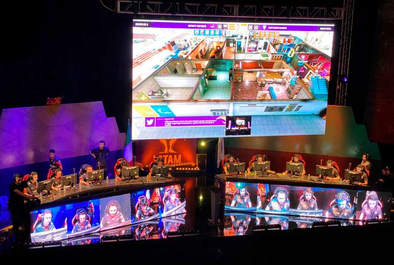 Fotografía cedida por Ubisoft este miércoles, que muestra un momento de la final del torneo LATAM Masters, llevado a cabo el 2 de febrero en la Ciudad de México (México). EFE/ Ubisoft