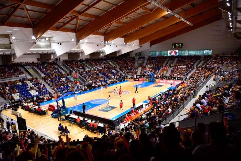 El Govern de las Islas Baleares, el Consell de Mallorca y el Ayuntamiento de Palma han presentado ante la Euroliga una candidatura conjunta para que Palma albergue las finales de las principales competiciones continentales de baloncesto, cuya celebración está prevista el próximo mes de julio. EFE/Atienza/Archivo