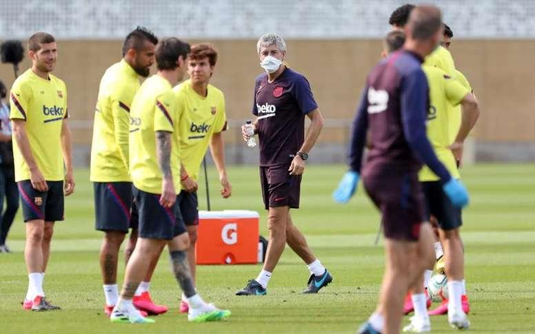 El Barça entrenó con la mente puesta en el Nápoles. EFE