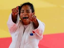 Fotografía tomada en agosto de 2018 en la que se registró a la judoca panameña Kristine Jiménez al celebrar la obtención de la medalla de oro en la categoría de los 52 Kg de los XXIII Juegos Centroamericanos y del Caribe, en Barranquilla (Colombia). EFE/Leonardo Muñoz/Archivo