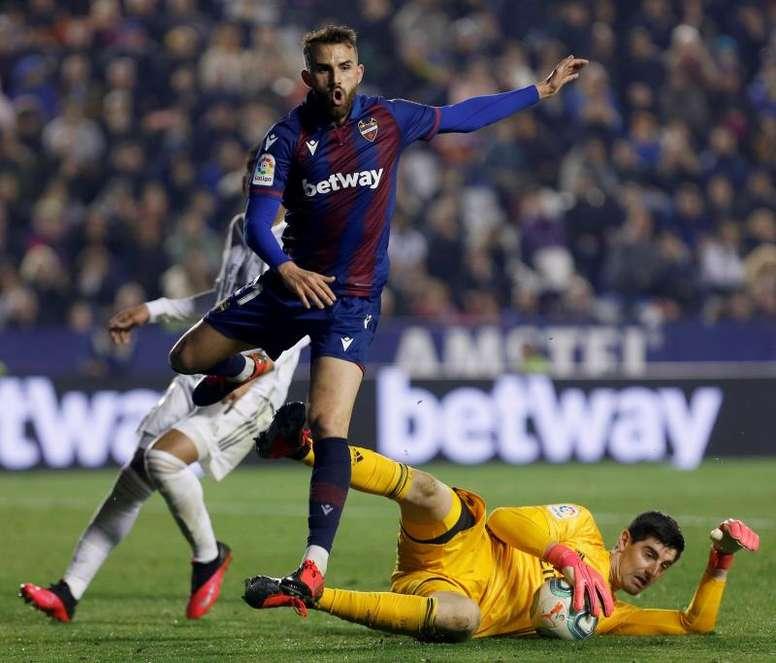 José Campaña suena ahora para jugar en el Sevilla. EFE